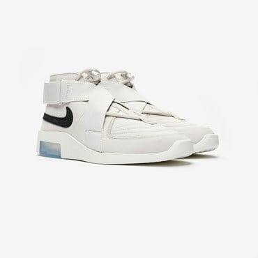 304dc460 NikeLab - Sneakersnstuff | sneakers & streetwear online since 1999