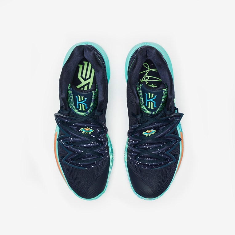 Nike Basketball Kyrie 5 - 6
