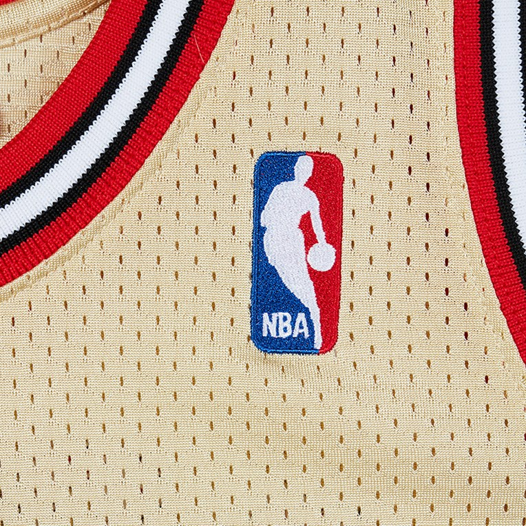 Mitchell & Ness Gold Authentic Jersey - Michael Jordan - 3