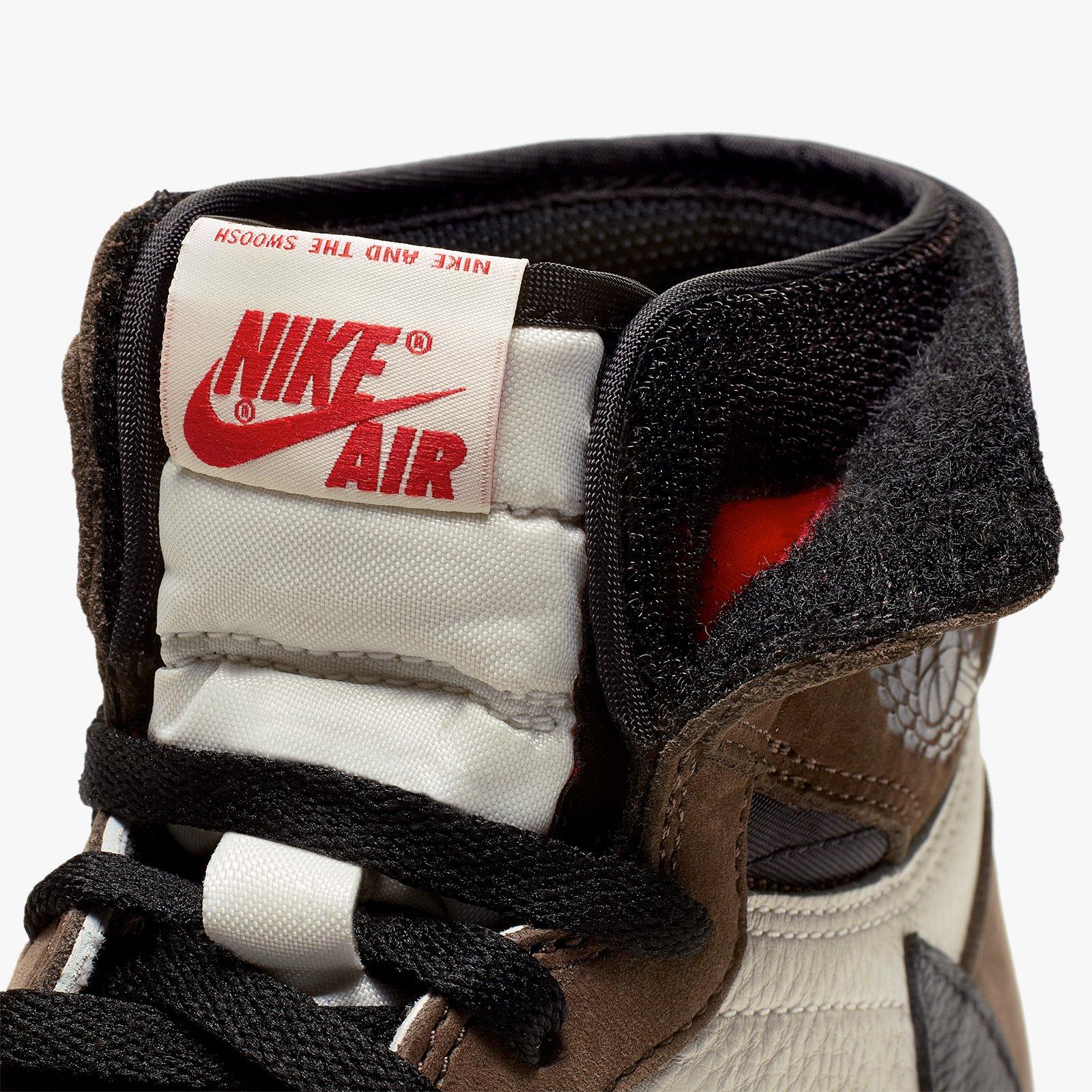 Nike jordan 1 travis scott