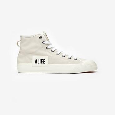 8fd221347 Upcoming Releases - Sneakersnstuff