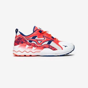 hot sales c177f ad427 Sneakers - Sneakersnstuff   sneakers   streetwear på nätet sen 1999