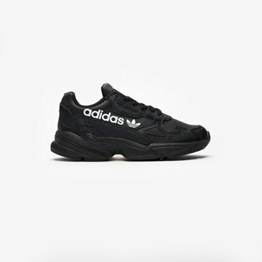 b21910ed87ccb6 Sneakersnstuff