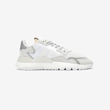 fac96ed0 Sneakersnstuff | sneakers & streetwear online since 1999
