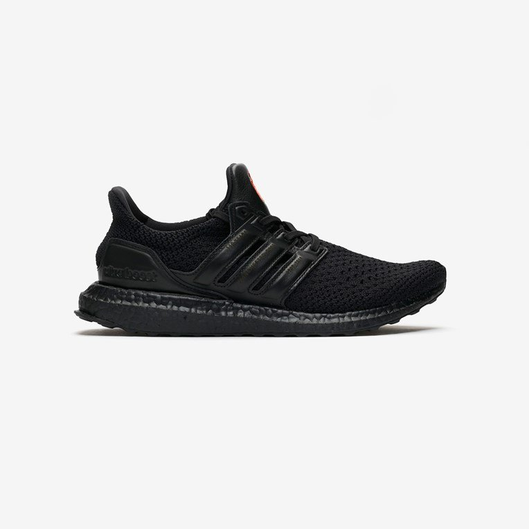 adidas Performance UltraBOOST OG Man Untd