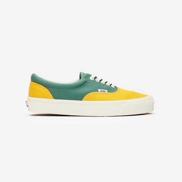 3e66c67a9f710 Vans - Sneakersnstuff   sneakers & streetwear online since 1999
