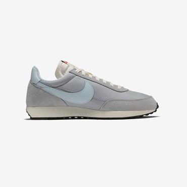 1ca2c2a723960 Sneakersnstuff | sneakers & streetwear en ligne depuis 1999
