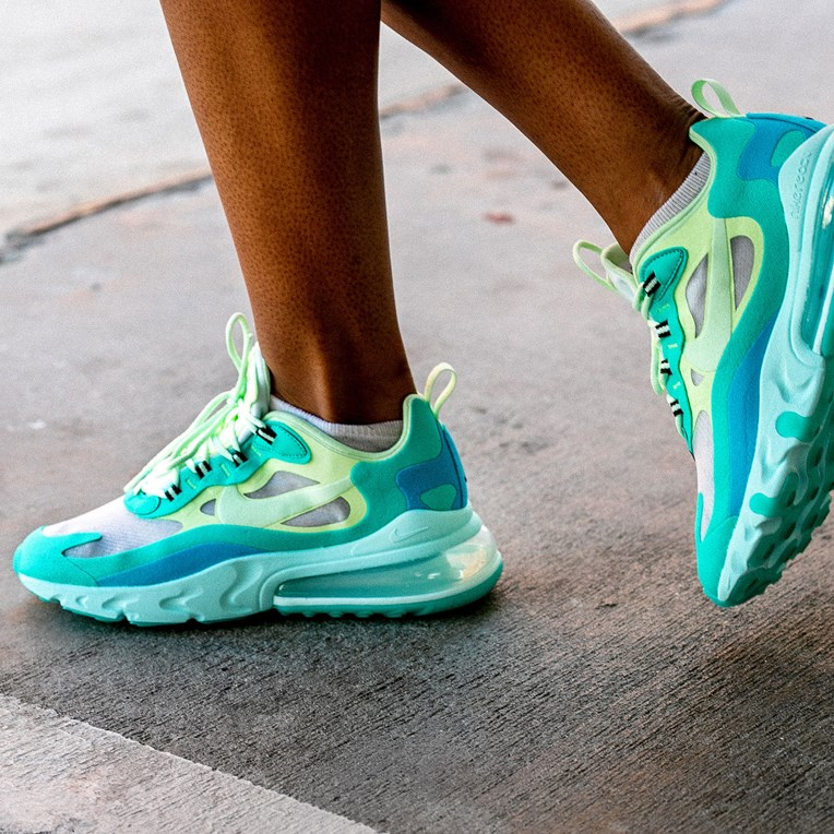 Nike Sportswear Air Max 270 React - 9