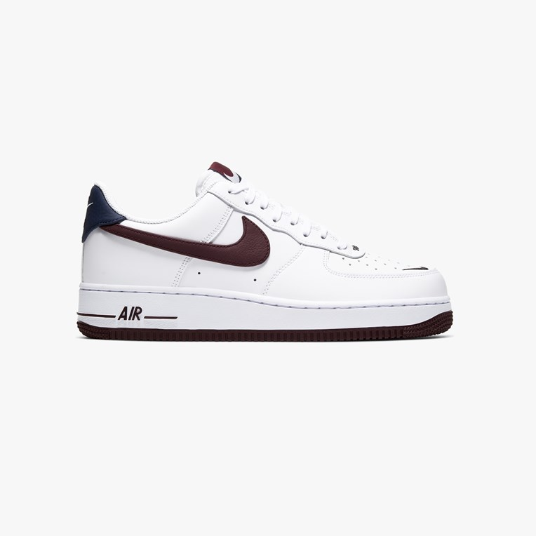 Nike Sportswear Air Force 1 07 LV8