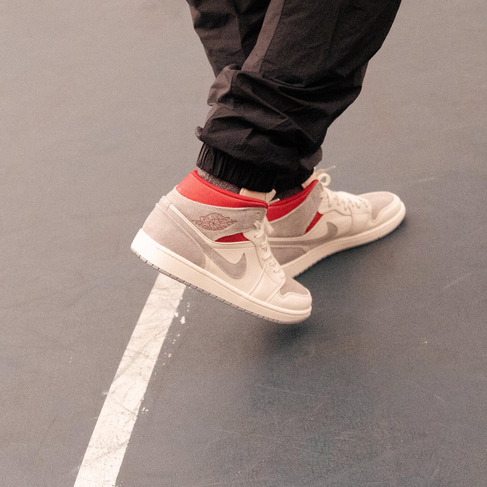 Jordan Brand Air Jordan 1 Mid Premium Sneakersnstuff Exclusive ...