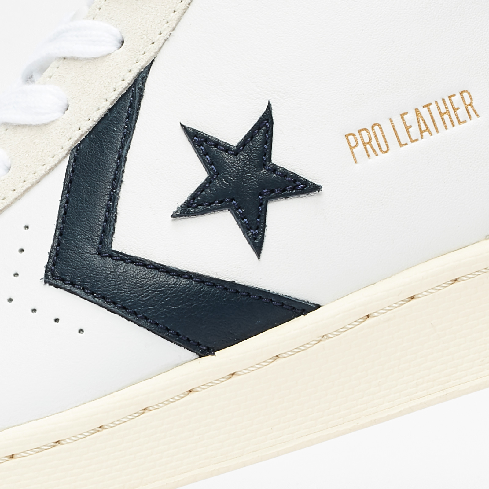 Converse Pro Leather OG Mid - 167968c - Sneakersnstuff ...