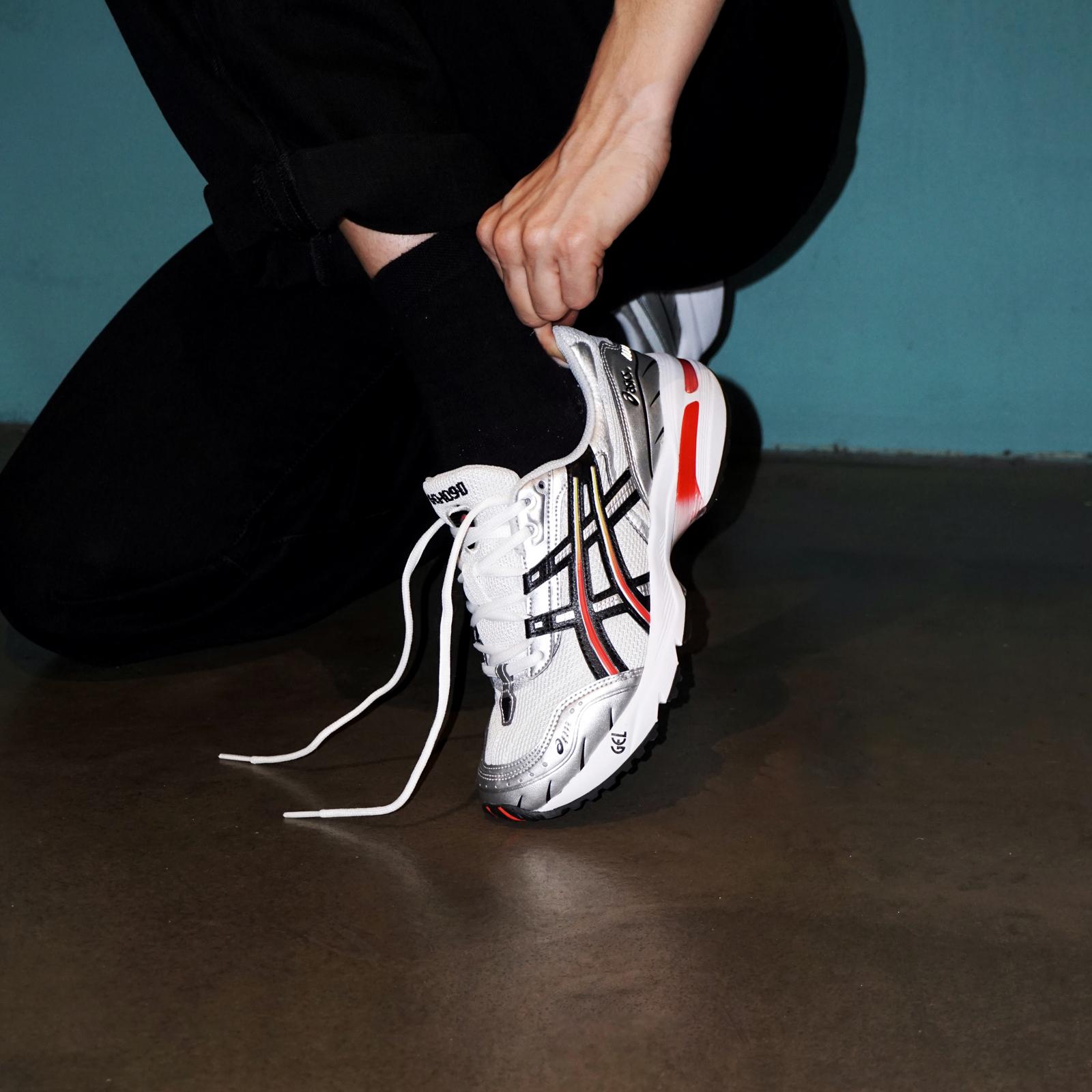 ASICS SportStyle Gel-1090 - 1022a308-100 - Sneakersnstuff ...