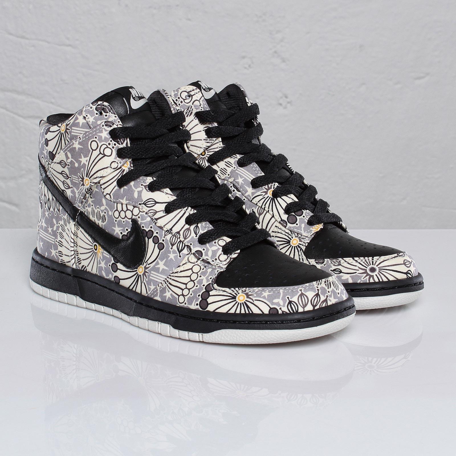 Nike Wmns Dunk Hi Skinny Prm - 101304 - Sneakersnstuff  9a33396fcf5f