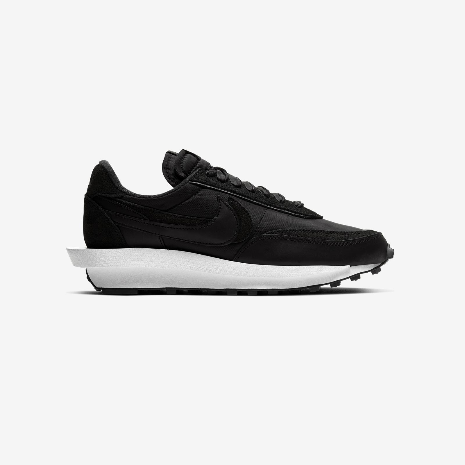Nike LDWaffle / SACAI - Bv0073-002