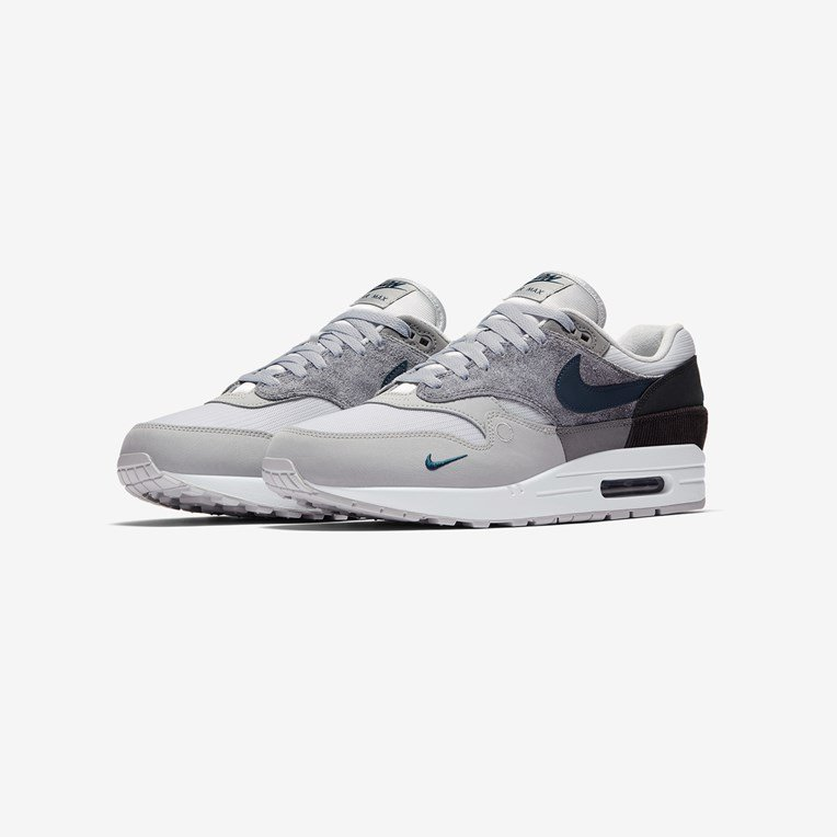Nike Air Max 1 </p>                     </div> 		  <!--bof Product URL --> 										<!--eof Product URL --> 					<!--bof Quantity Discounts table --> 											<!--eof Quantity Discounts table --> 				</div> 				                       			</dd> 						<dt class=