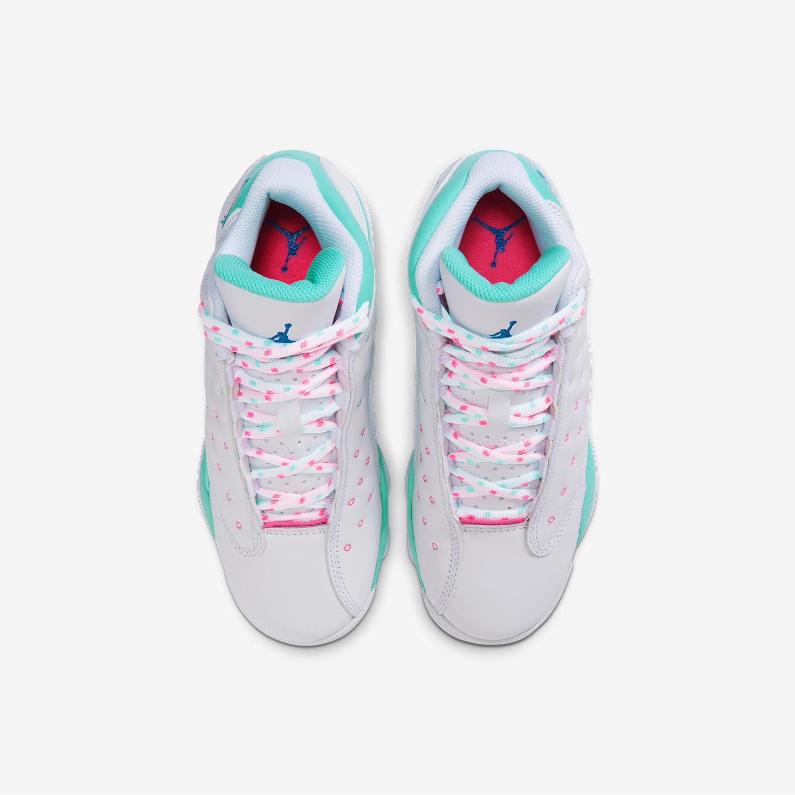 Jordan Brand Air Jordan 13 Retro Gs 439358 100 Sneakersnstuff Sneakers Streetwear Online Since 1999