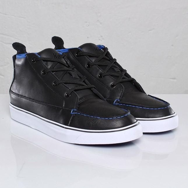 Nike Aina Chukka NW