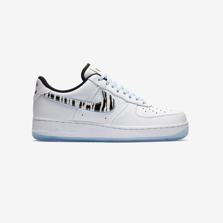 Nike Sportswear Air Force 1 07 QS