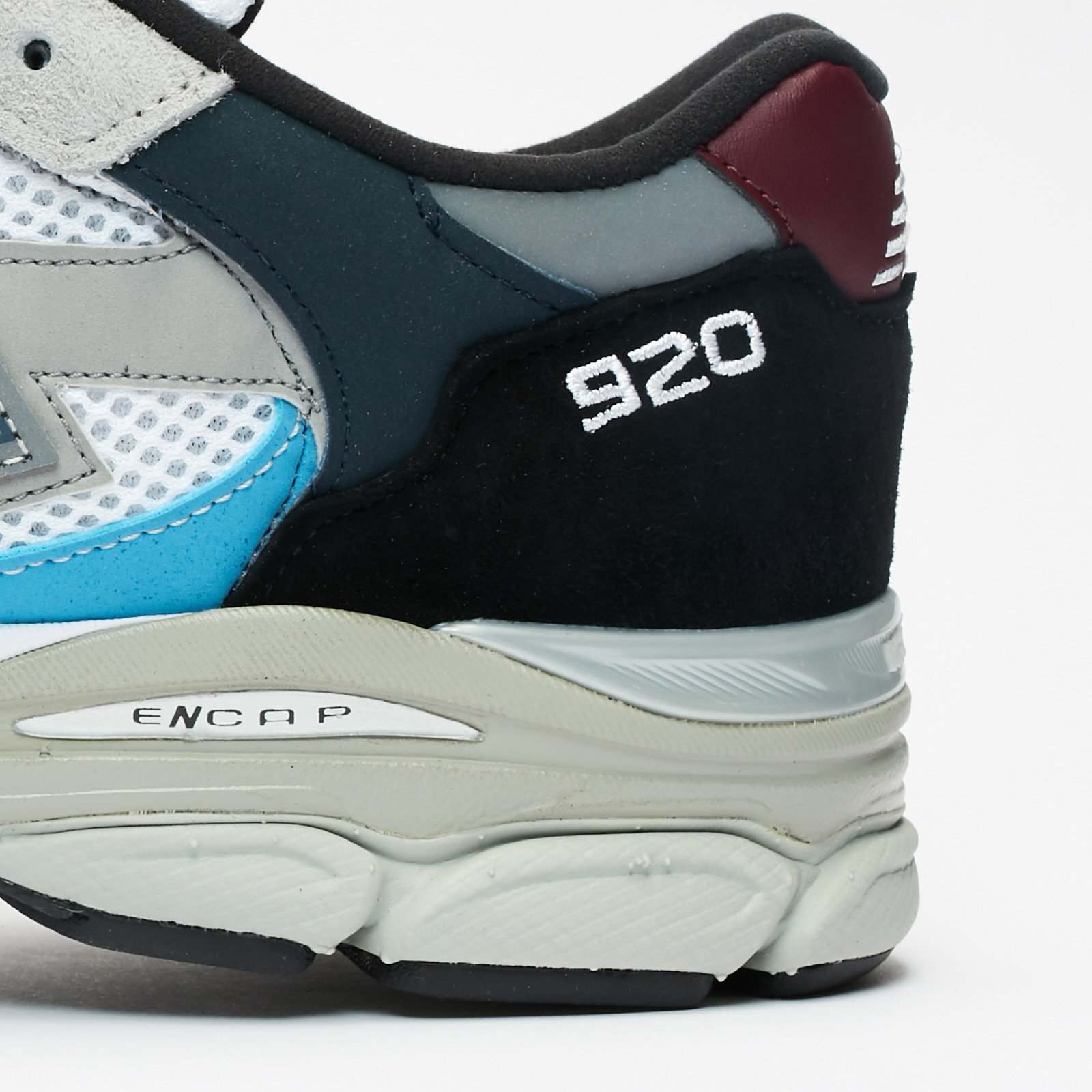 New Balance M920 - M920nbr