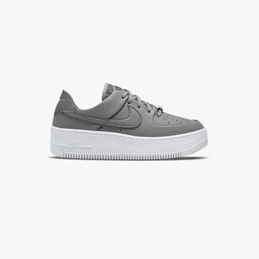 Wmns Air Force 1 Sage Low