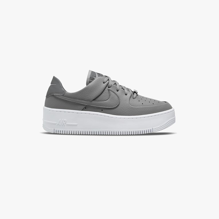 Nike Sportswear Wmns Air Force 1 Sage Low