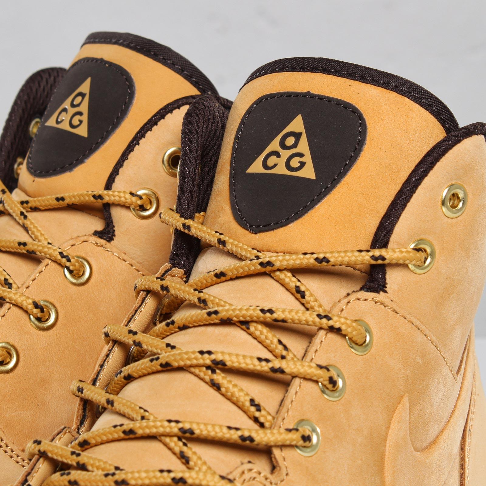 huge selection of 00036 c1fb6 Nike Manoa Leather - 102044 - Sneakersnstuff   sneakers   streetwear online  since 1999
