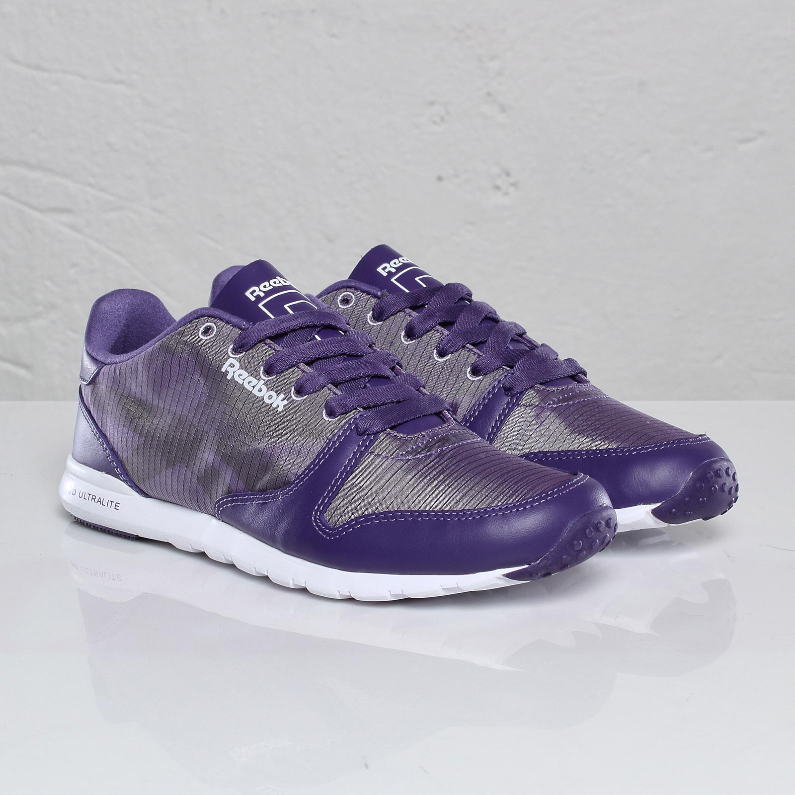 ac7e7d8c466 Reebok Classic Leather Ultralite Pkbl - 102102 - Sneakersnstuff ...