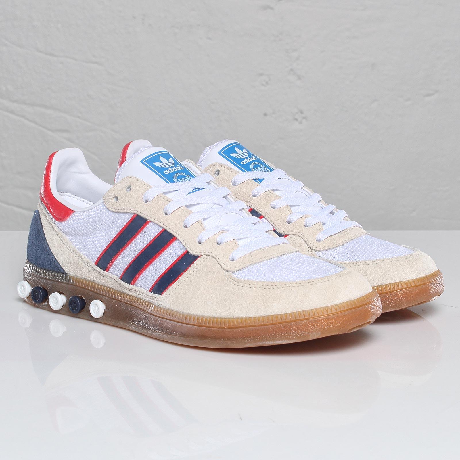 adidas Handball 5 Plug shoes whitewhitemet.gold