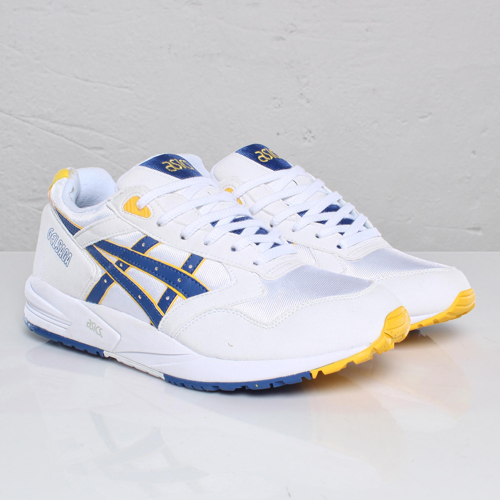 design intemporel 75ef5 6386f ASICS Tiger Gel Saga II - 102313 - Sneakersnstuff   sneakers ...