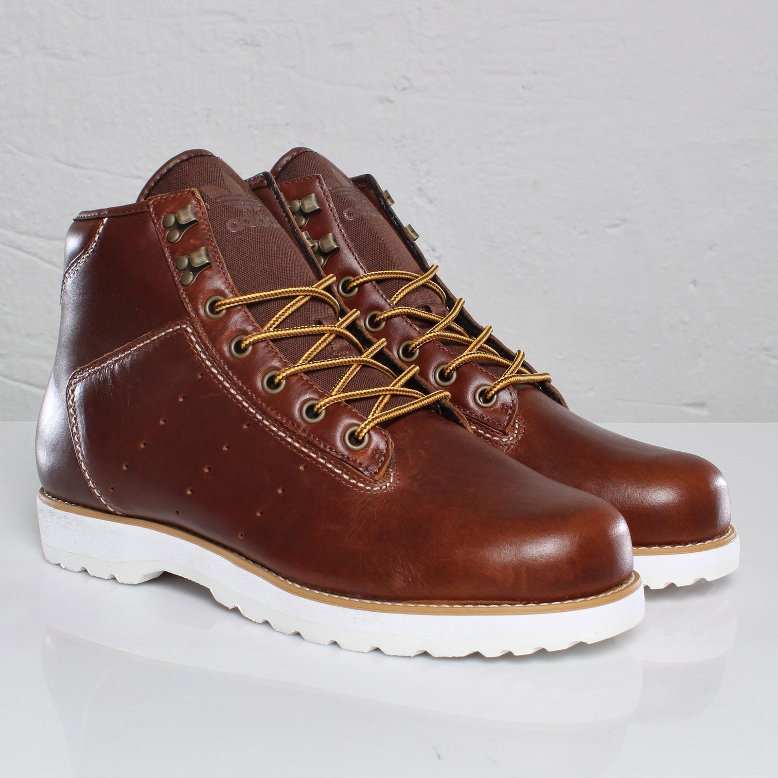 huge selection of 77194 47f3f adidas Adi Navvy Boot