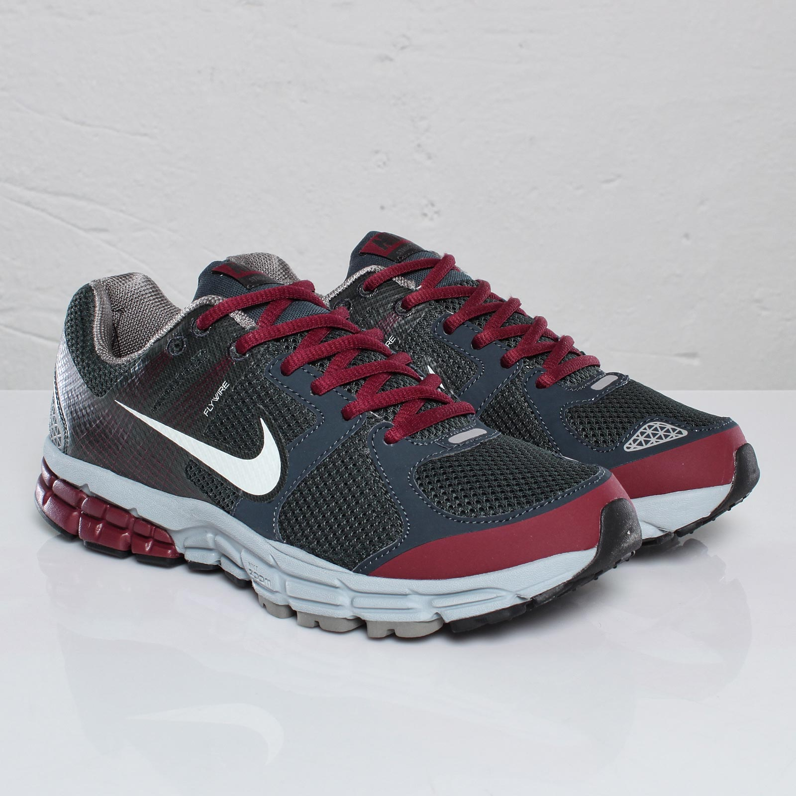 reputable site b9d5c 0a810 Nike Zoom Structure+ 15