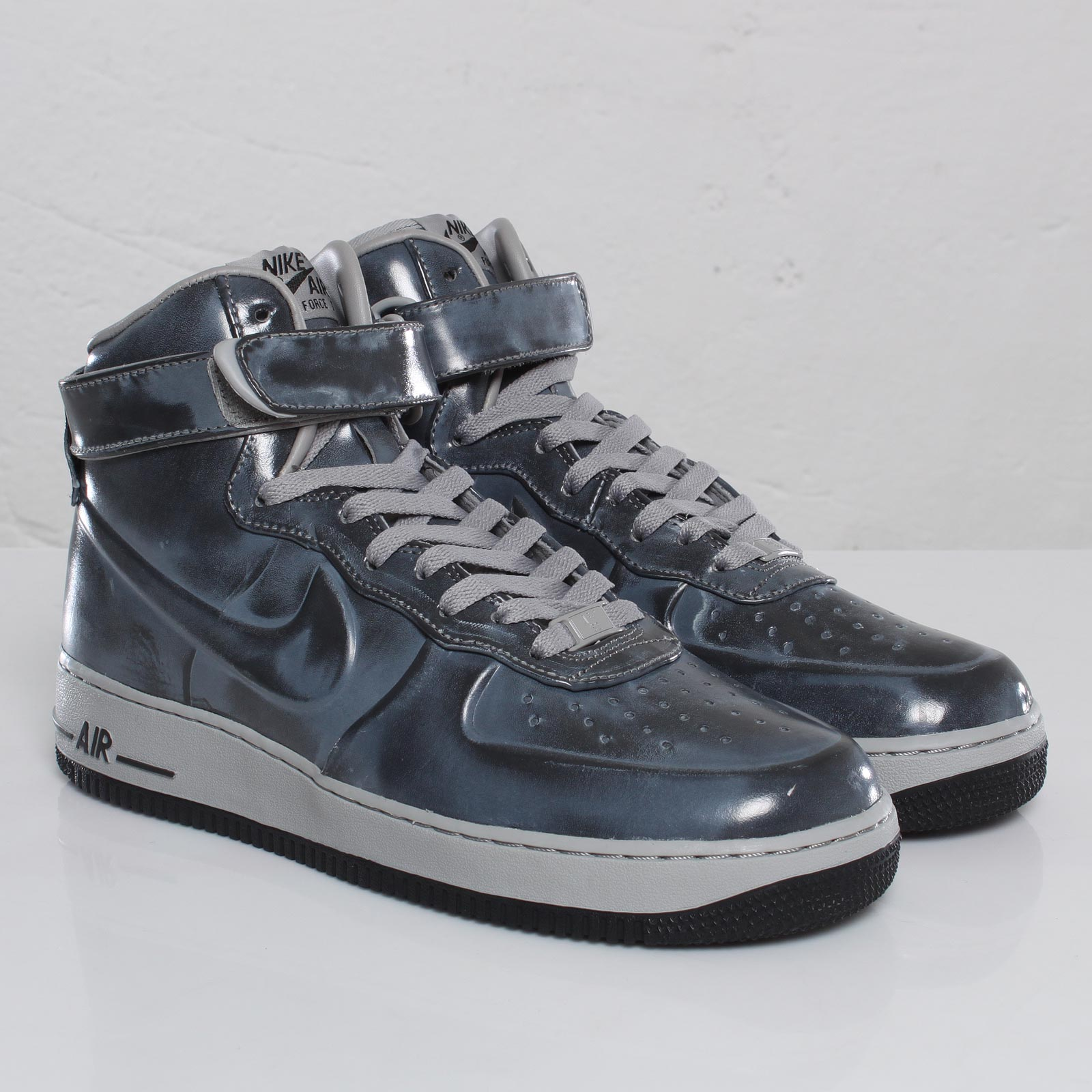100% authentique 62106 cde9c Nike Air Force 1 High VT Supreme - 102858 - Sneakersnstuff ...