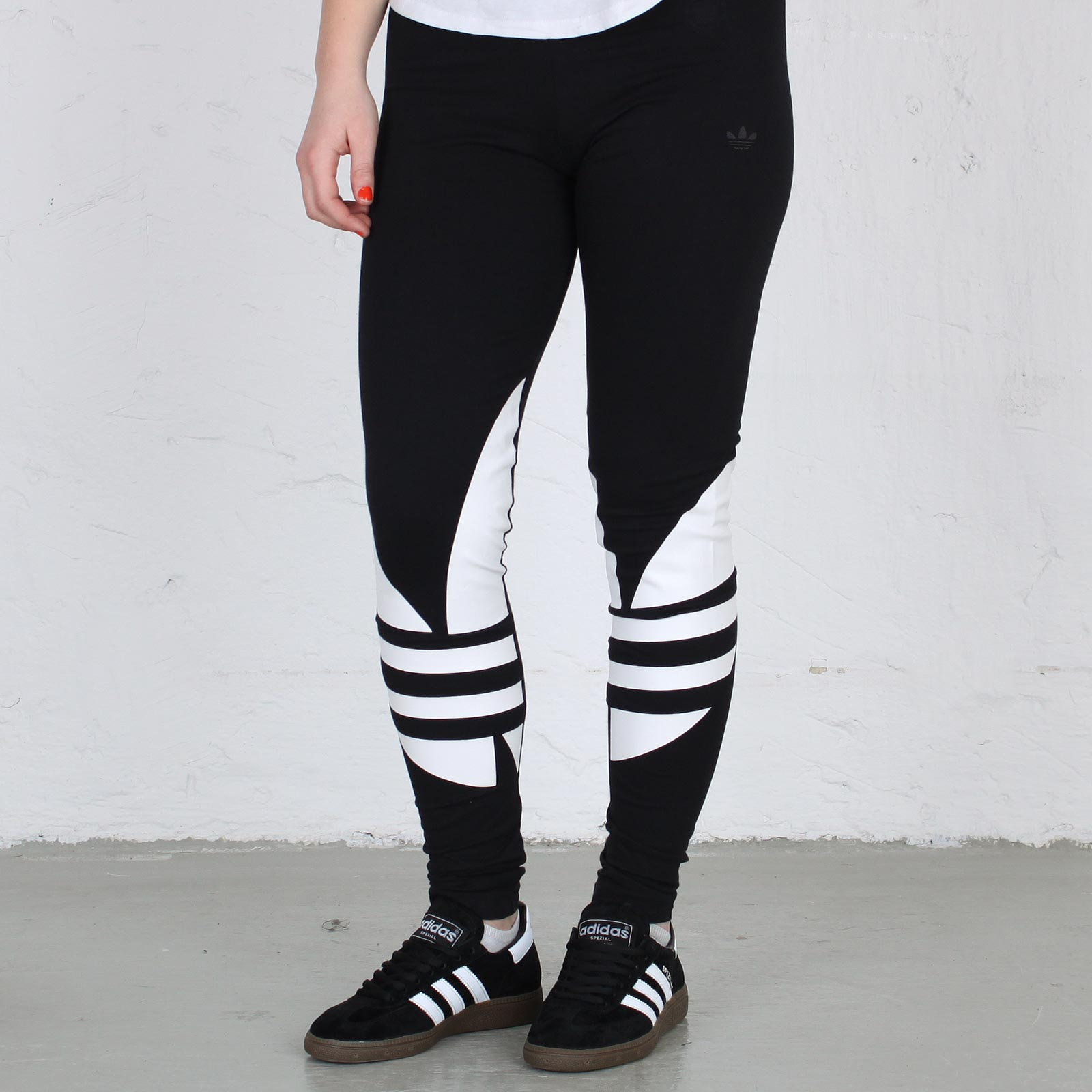 90ce31751c46 adidas CS Trefoil Leggings - 109071 - Sneakersnstuff