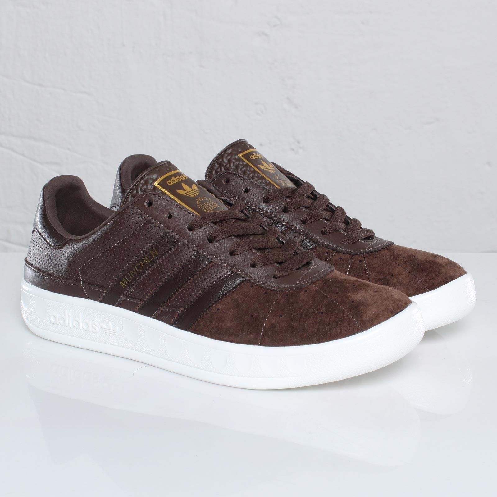 adidas München - 109323 - Sneakersnstuff  08a14a4bb825