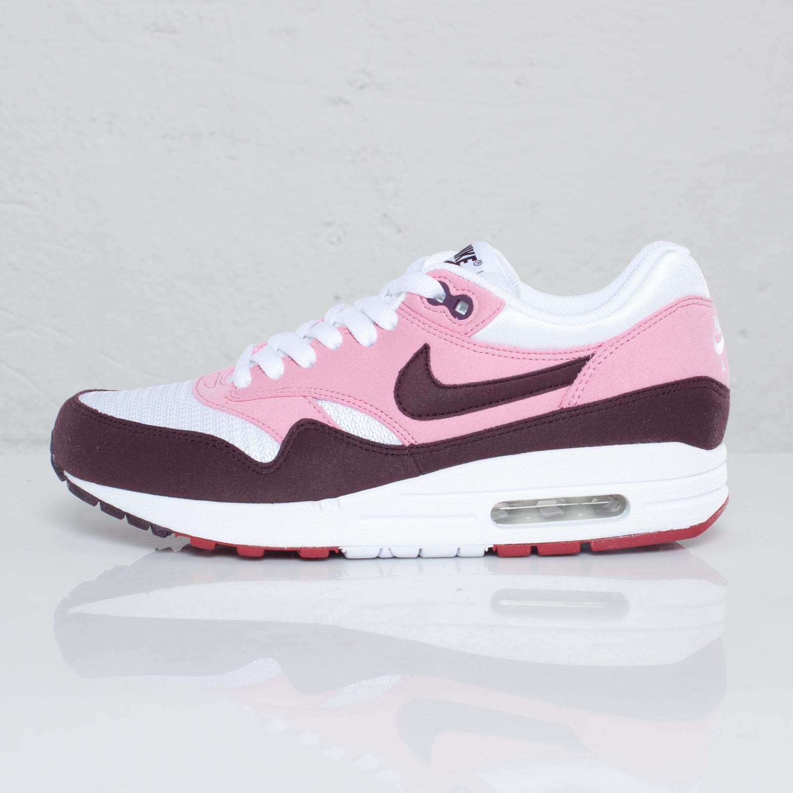 cheap for discount 47ed7 177cc Nike Wmns Air Max 1 - 109380 - Sneakersnstuff   sneakers   streetwear  online since 1999