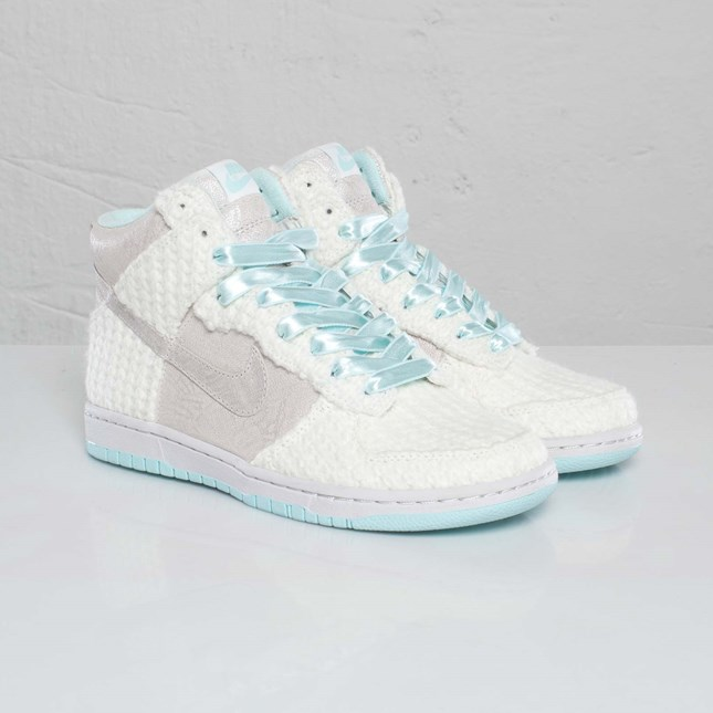 Nike Wmns Dunk High Skinny TZ