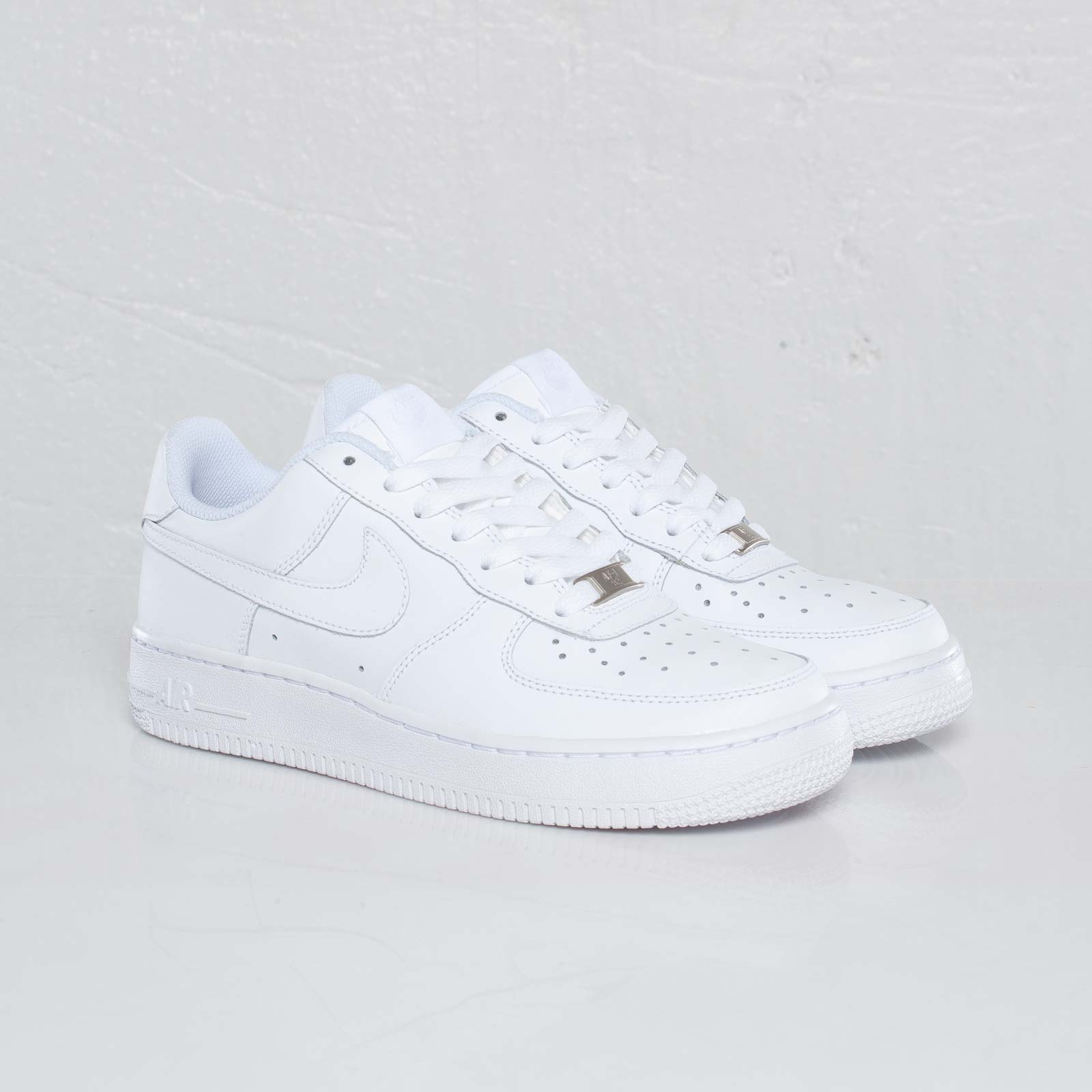 reputable site 0f592 9352a Nike Air Force 1 (GS)