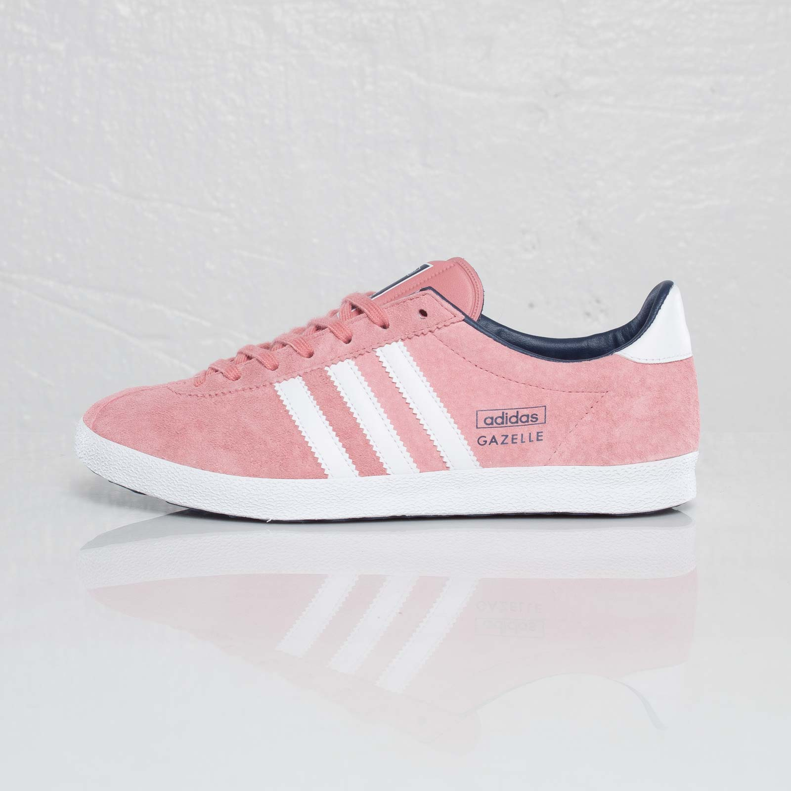 separation shoes 4b0f1 1328e ... adidas Gazelle OG W ...