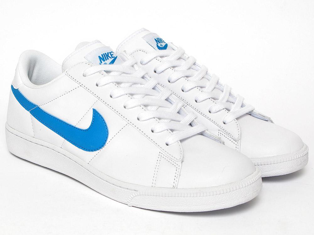 chaussures de sport 4656a 53548 Nike Tennis Classic - 82013 - Sneakersnstuff | sneakers ...