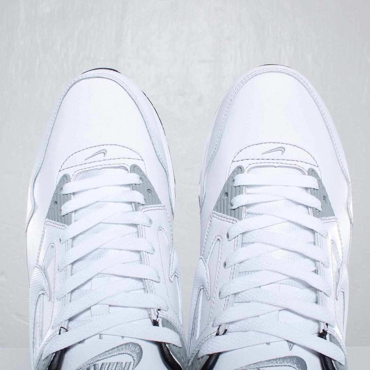 Nike Air Max Skyline Leather 83746 Sneakersnstuff