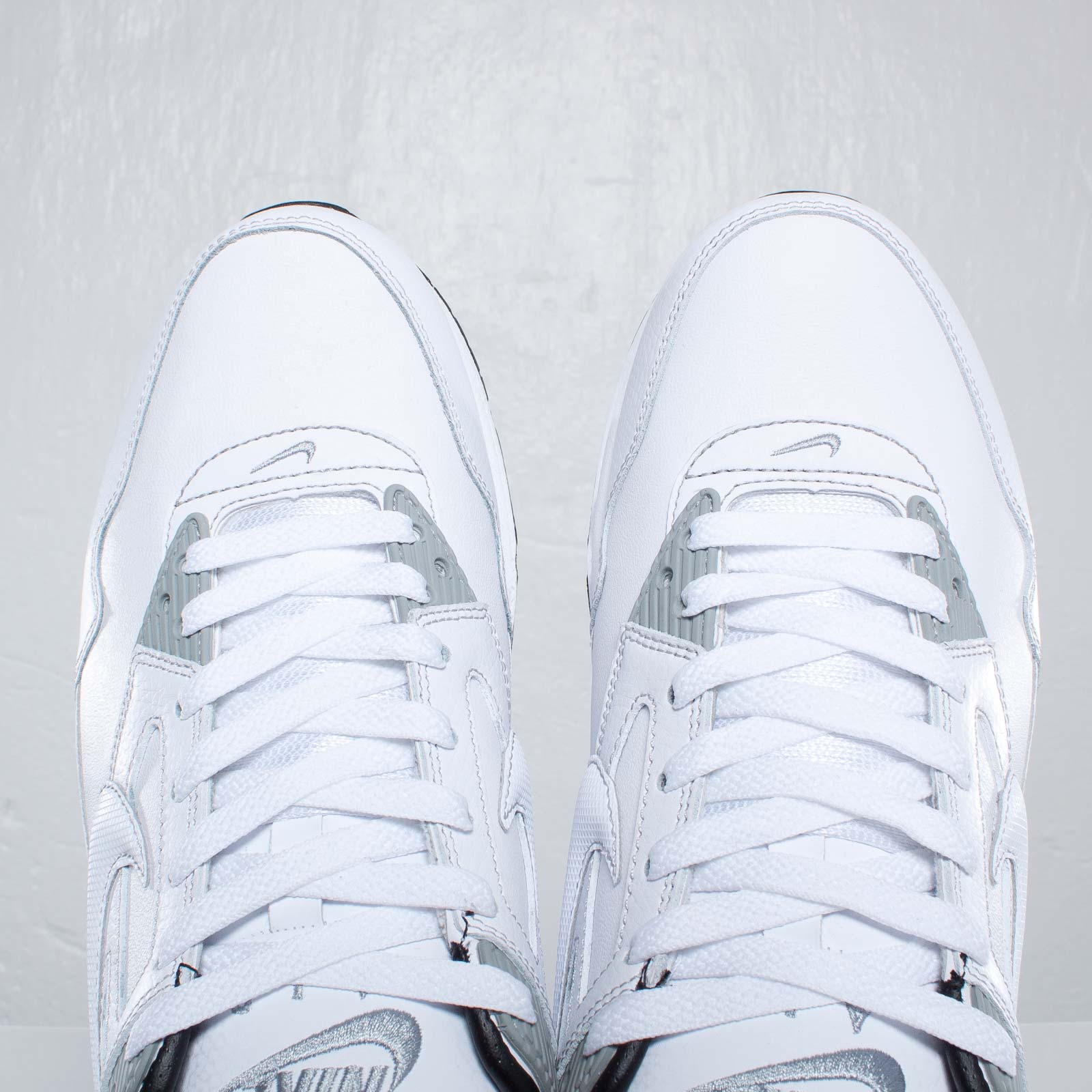 finest selection 4ec90 9b5de ... Nike Air Max Skyline Leather