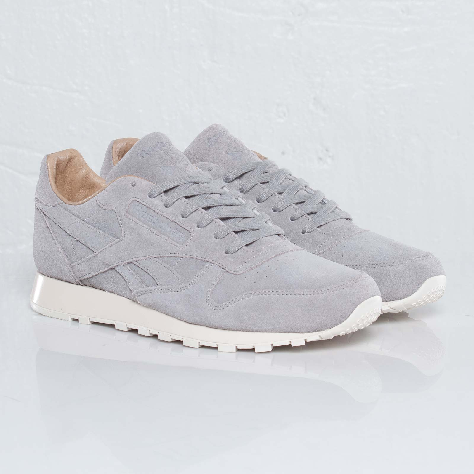info for 85147 d084f Reebok Classic Leather Lux - 110096 - Sneakersnstuff ...