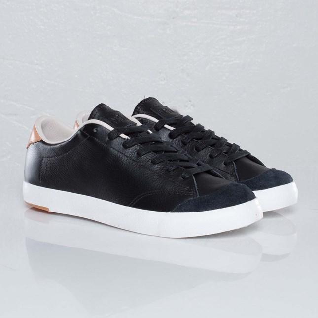 Nike All Court 3 Premium NSW NRG
