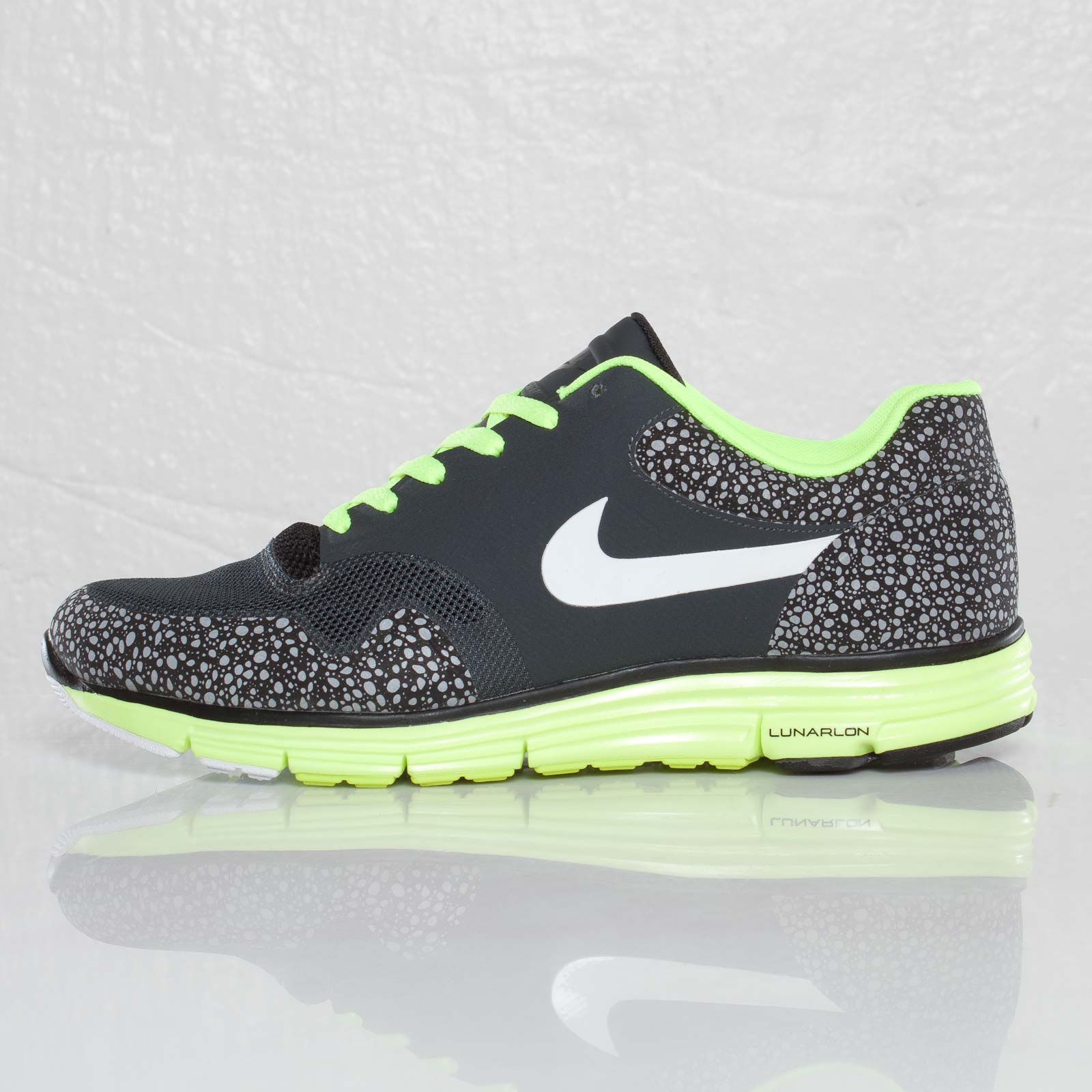 Nike Lunar Safari Fuse + - 110640 - Sneakersnstuff  51fcf7a128c2