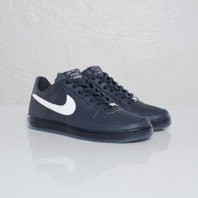 Nike Wmns Air Force 1 Low Light NRG