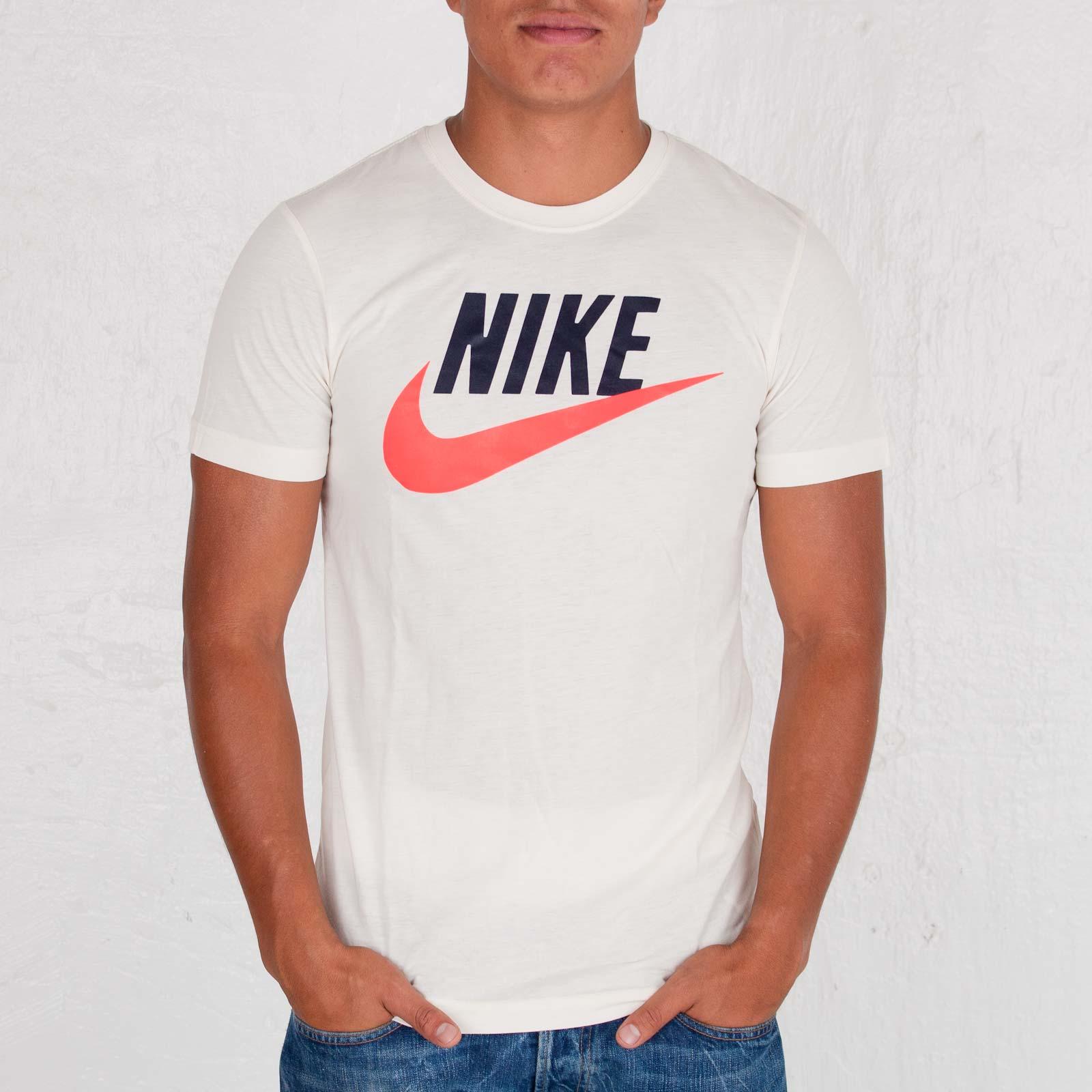 578aa8e06 Nike Sportswear Icon Tee - 110822 - Sneakersnstuff | sneakers ...