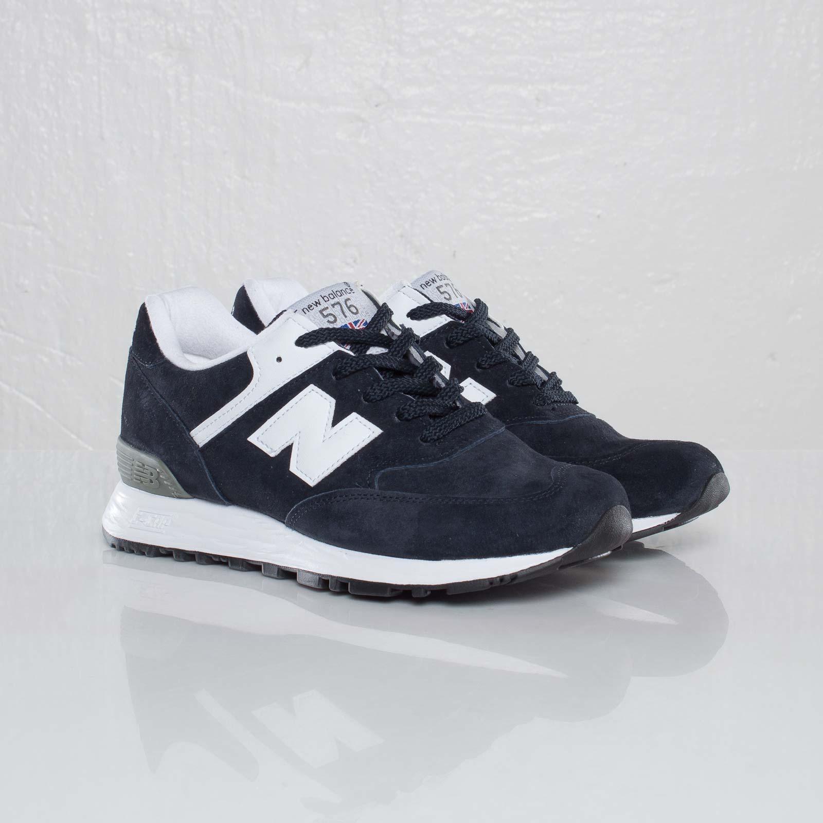 New Balance W576 - 110923 - Sneakersnstuff | sneakers & streetwear ...
