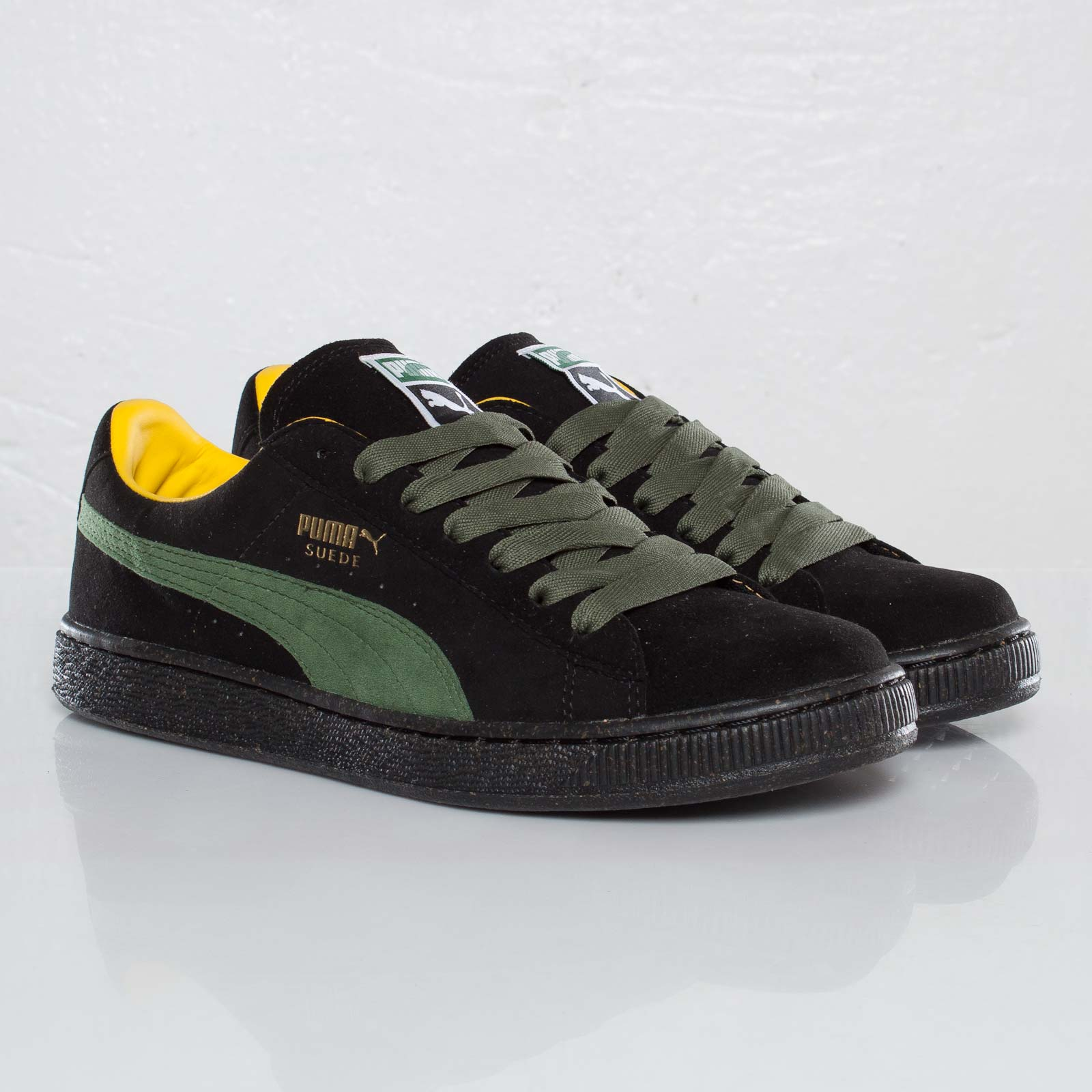 64b8f911bb9 Puma Re-Suede - 111203 - Sneakersnstuff