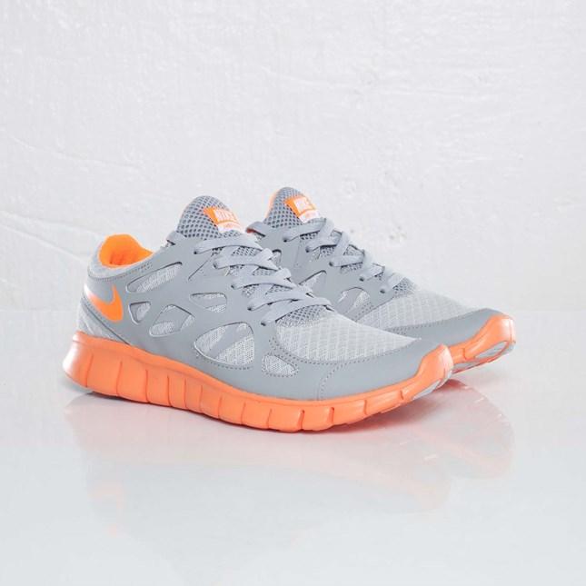 Nike Wmns Free Run+ 2 EXT