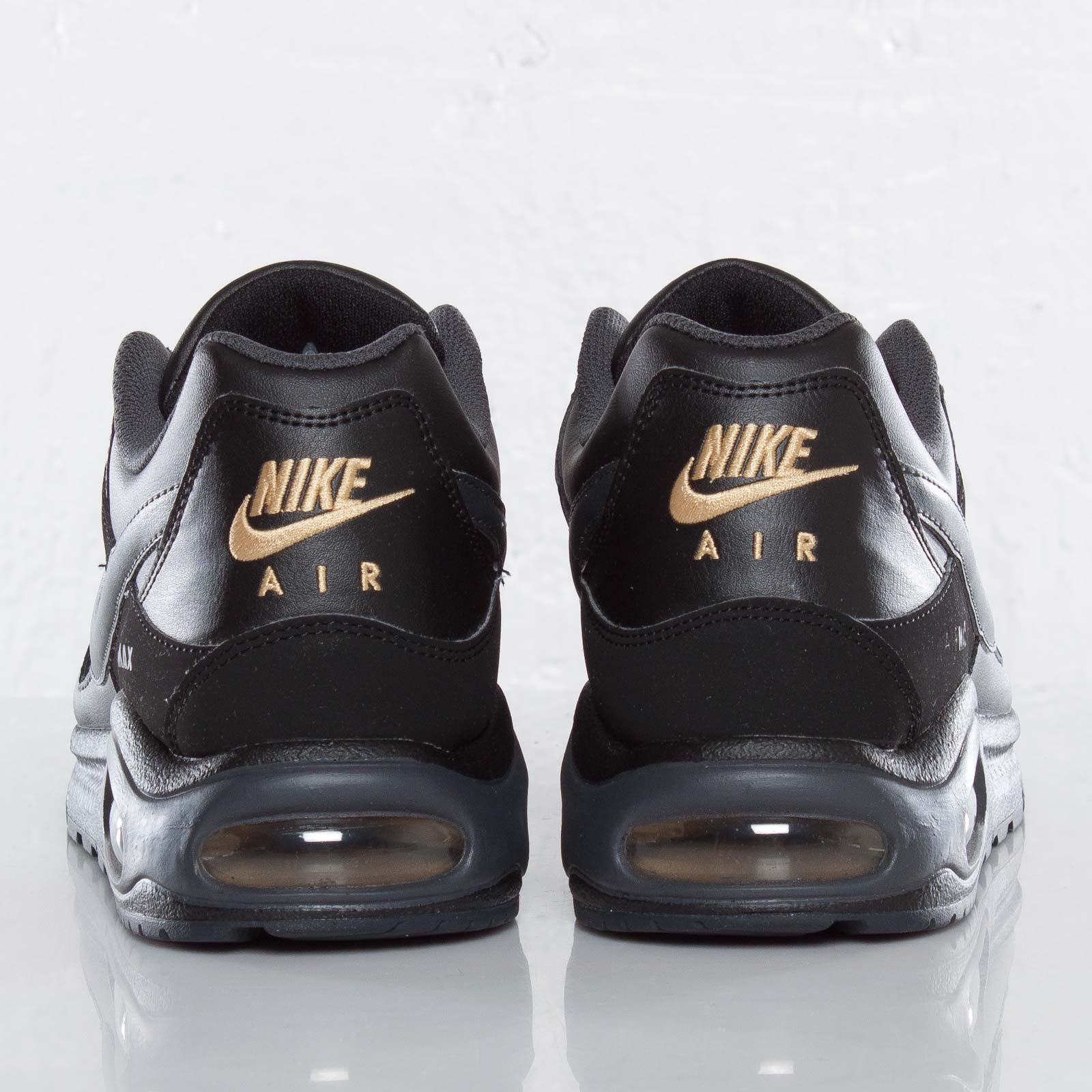 nike air max command size 39